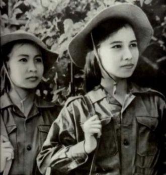 china-women-mil.jpg